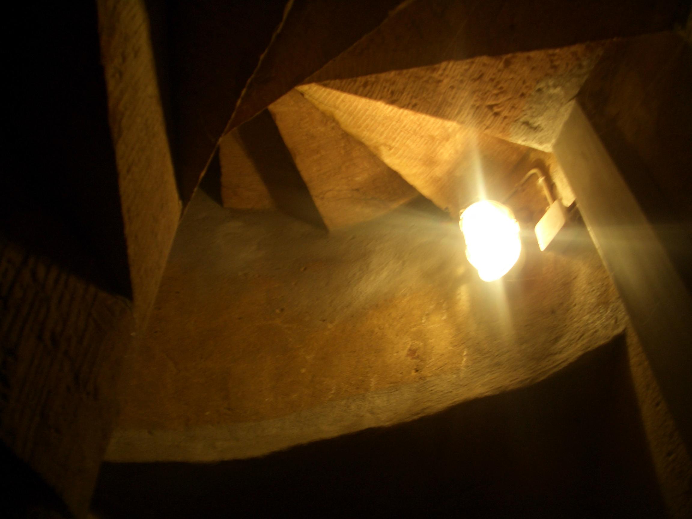 Licht! Im Turmaufgang...