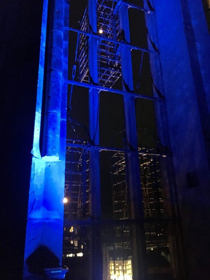 blaue Beleuchtung St. Lamberti