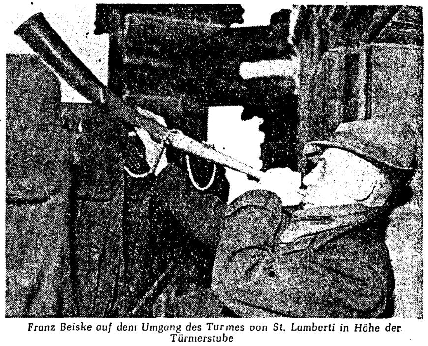 historisches Zeitungsfoto Franz Beiske mit Horn